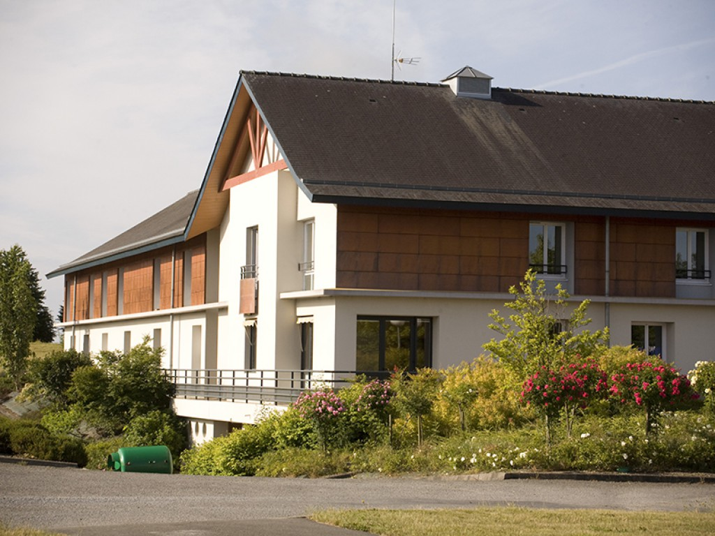 Maison de chaudeboeuf association anne boivent for Association maison eymard